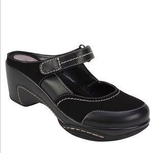 Rialto Black Comfort Mules Size 7